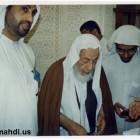 اية الله الشيخ محمد سلمان الهاجري في المسجد 3