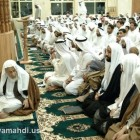 اية الله الشيخ محمد سلمان الهاجري في المسجد 6